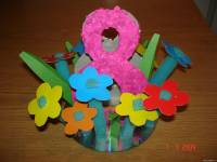 Поделки к 8 Марта: цветочная. композиция.